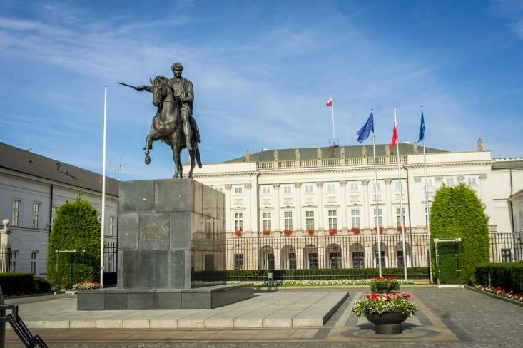 کاخ ریاست جمهوری ورشو دیدنی های ورشو