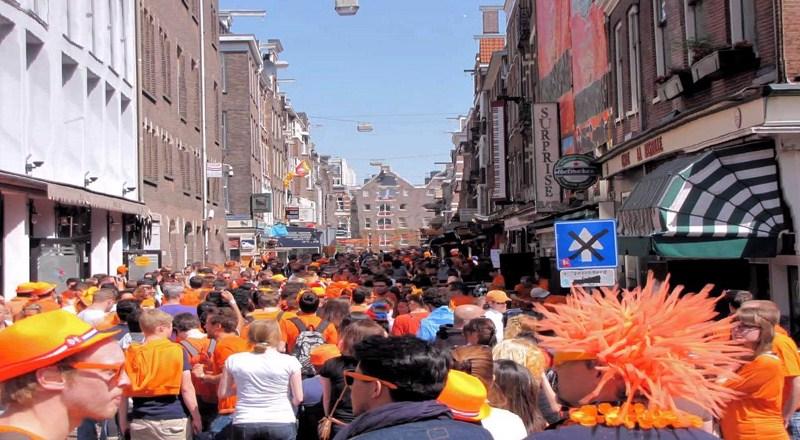 جشن ملی پادشاه و تجربه آن در تور هلند