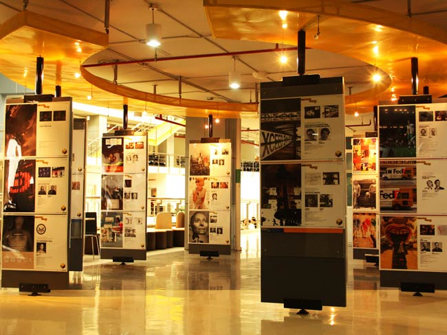تور نمایشگاهی اسپانیا | تور لحظه آخری نمایشگاهی اسپانیا 88851080-021