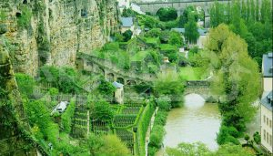دیوارهای کورنیش و صومعه بندیکت