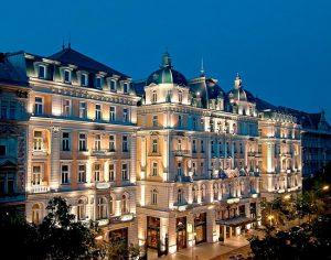 هتل 5 ستاره از مجلل ترین هتل های پراگ CORINTHIA